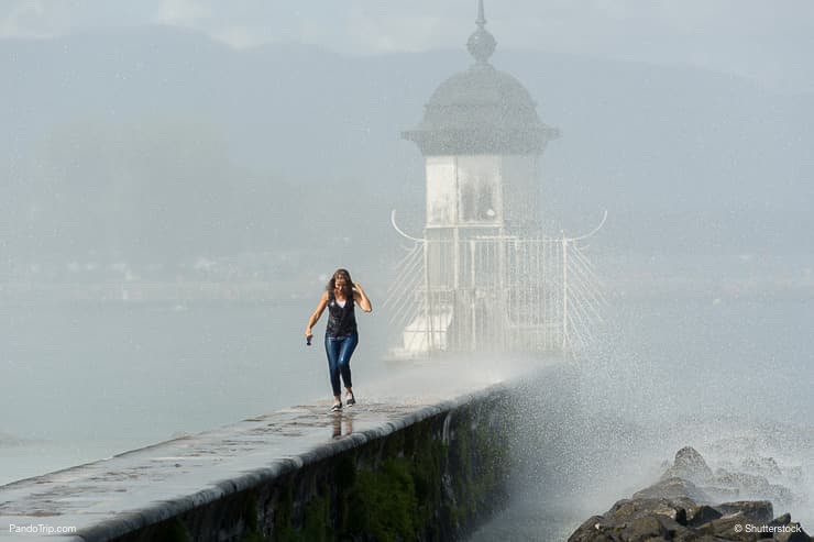 Jet d'Eau, huge Fountain in Geneva, Switzerland