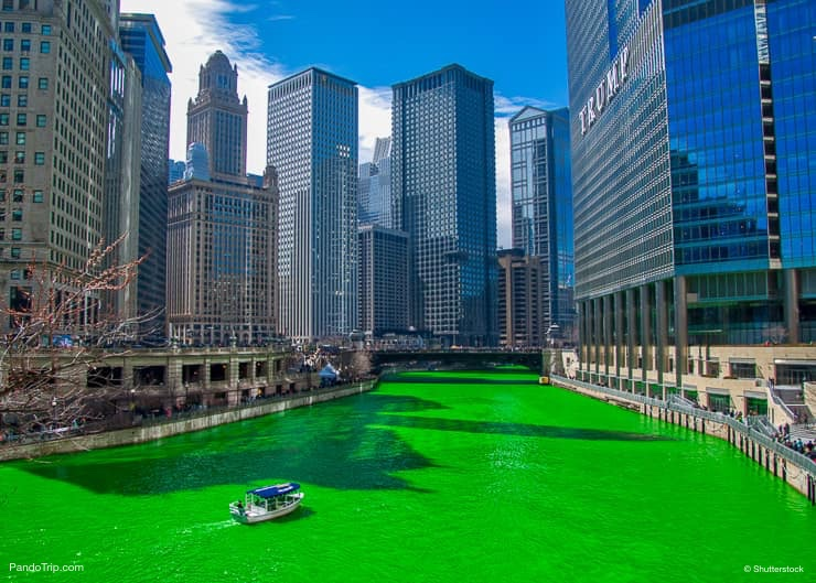 Chicago River is dyed green for St Patricks day