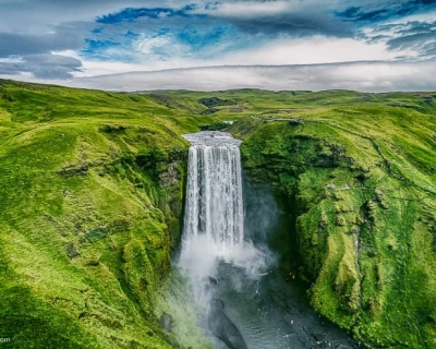 14 Best Waterfalls in Iceland That You Won't Believe Are Real