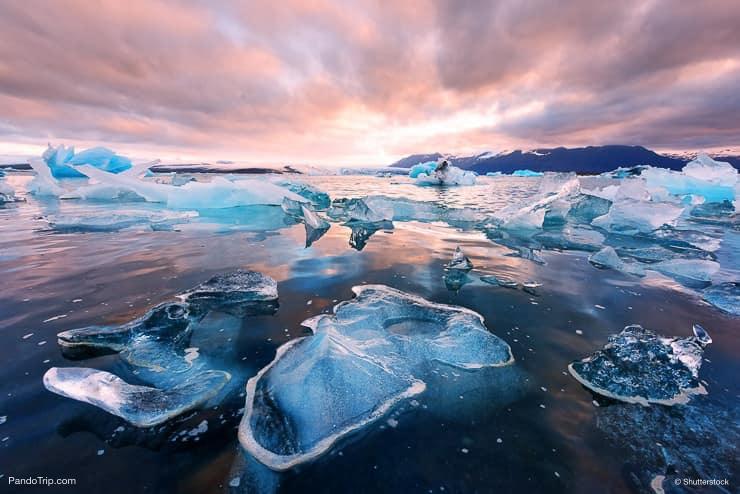 Icebergs in Jokulsarlon glacial lagoon. Vatnajokull National Park. Iceland