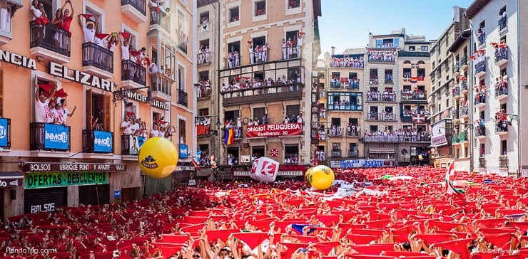 People welcome opening of San Fermin festival