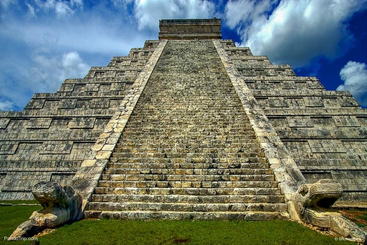 The stairs of Chichen Itza, Mexico