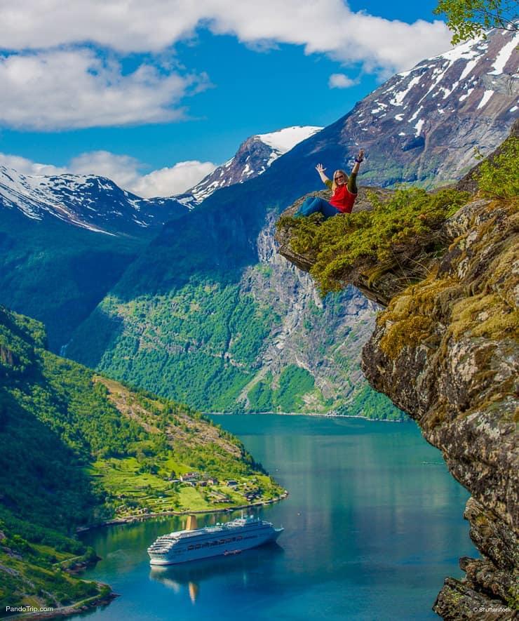 Cliff edge, Geirangerfjord