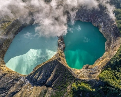 Top 10 Stunning Volcanoes Around the World