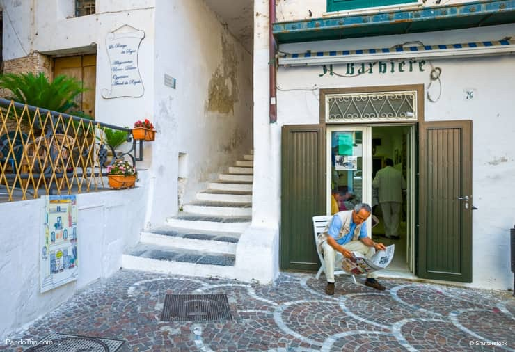 A barber shop near Piazzetta Umberto in Atrani