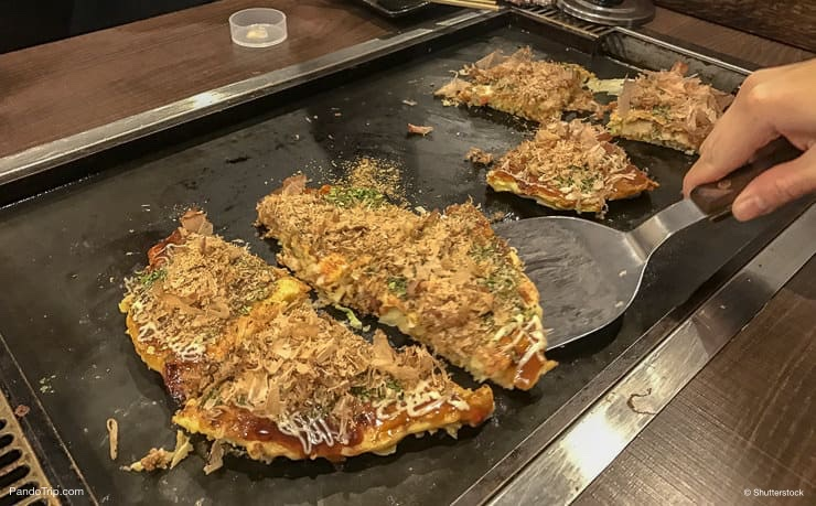 Making traditional Japanese Okonomiyaki