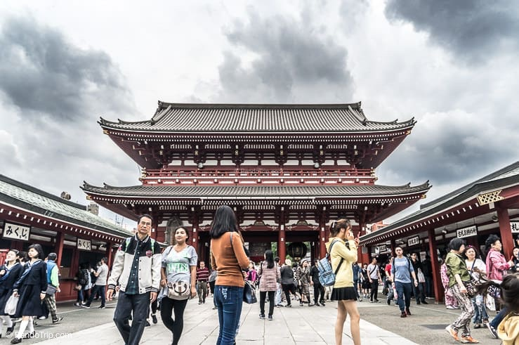 Sensoji temple on cloudy day