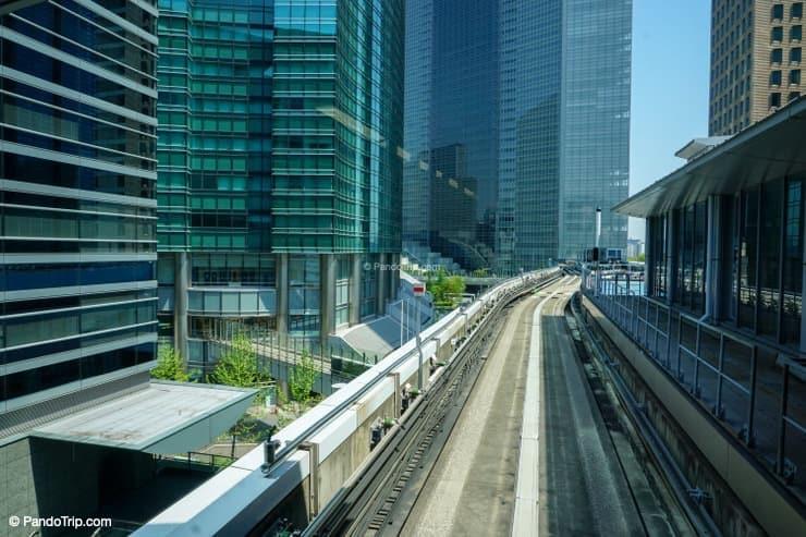 Modern Tokyo and Yurikamome Line to Odaiba