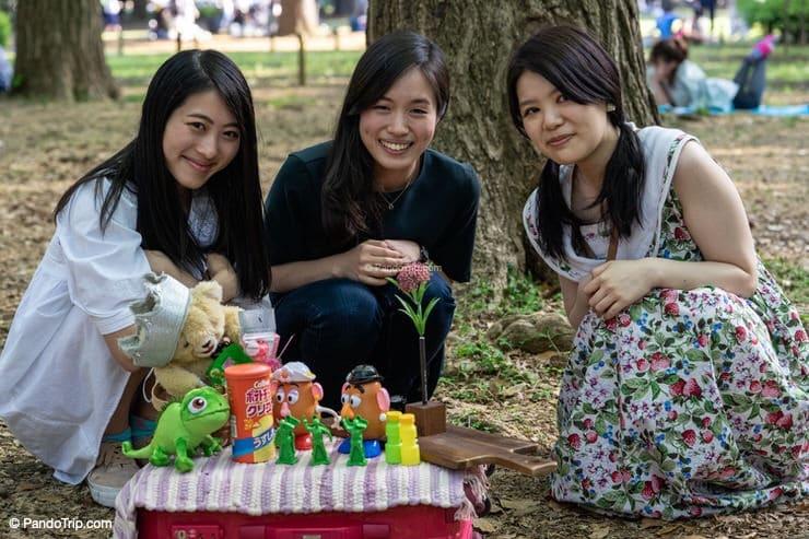 Girls in Yoyogi Park, Tokyo